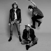 Skaters, the sound of Manhattan